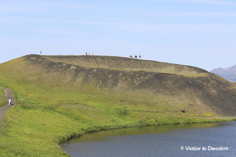 El Lago Myvatn y la actividad geotérmica de Islandia