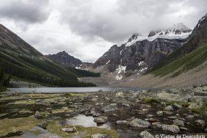 El Lago Moraine y el Cañón Johnston