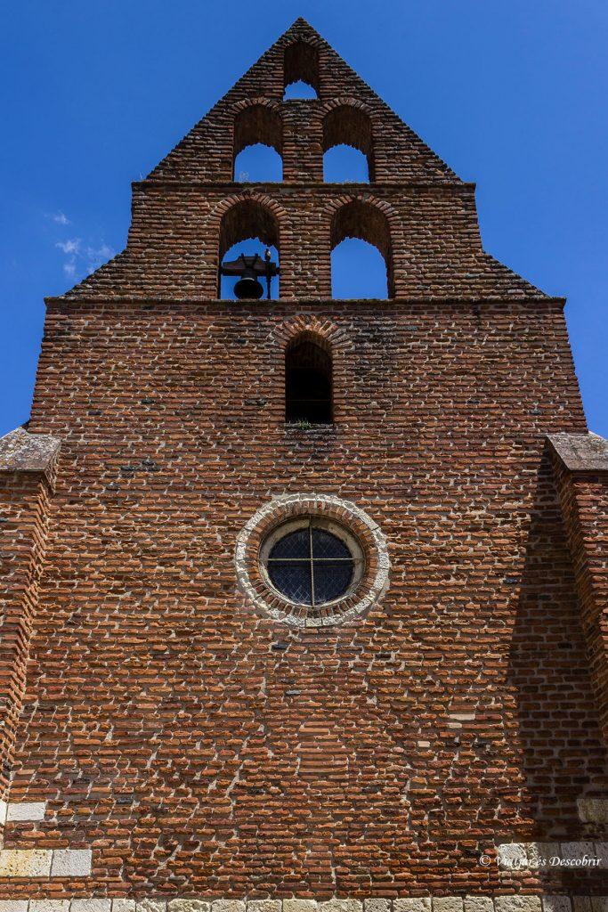 Notre-Dame du Borg a Agen cerca del canal de garona