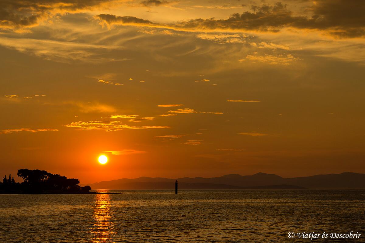 La Isla de Brac y la playa Zlatni Rat
