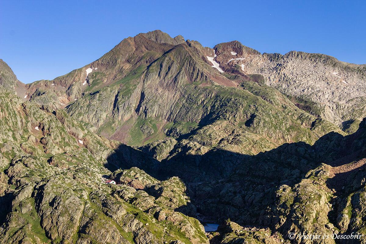 pico certascan en el alt pirineu