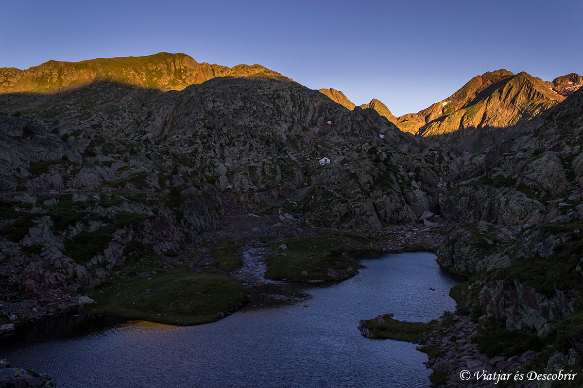 lagos alt pirineu trekking muntanyes de llibertat