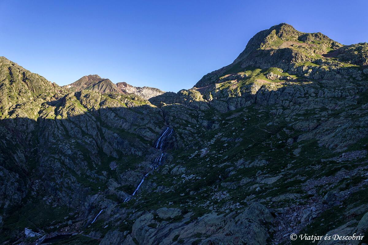 trekking muntanyes de llibertat segunda etapa amanecer