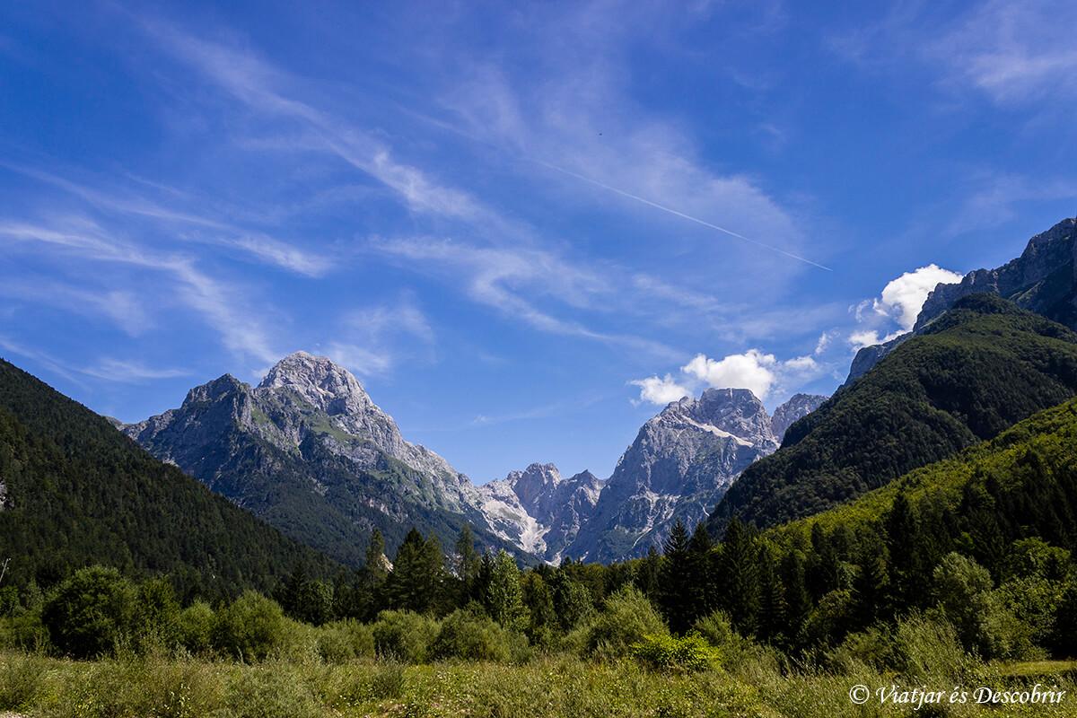 montañas del triglav en eslovenia