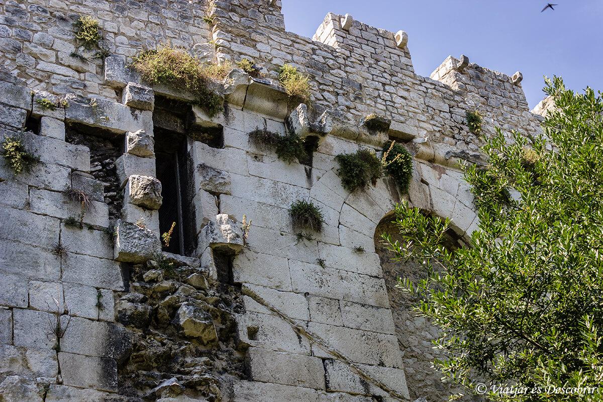 muralla del palacio de split