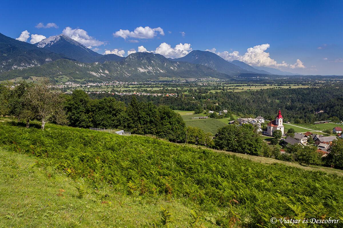 vista panoramica en eslovenia cerca de bled
