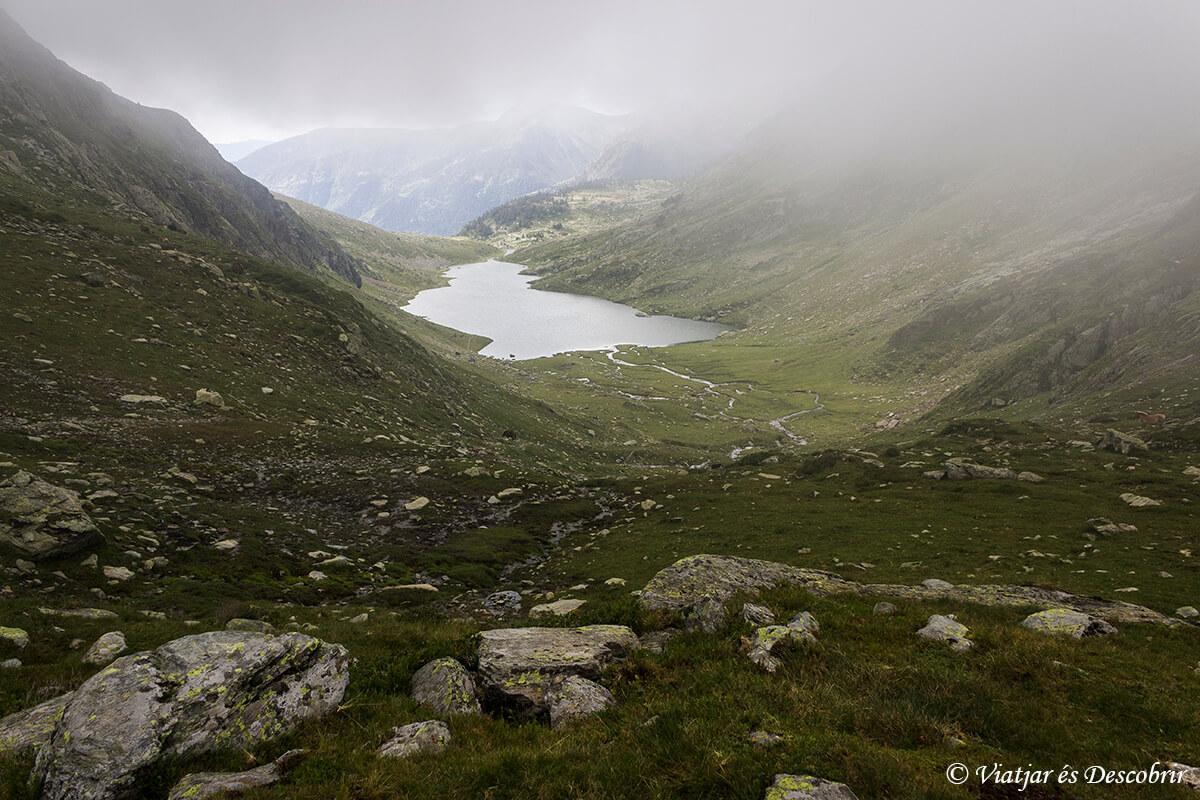 estany port del alt pirineu durante muntanyes llibertat