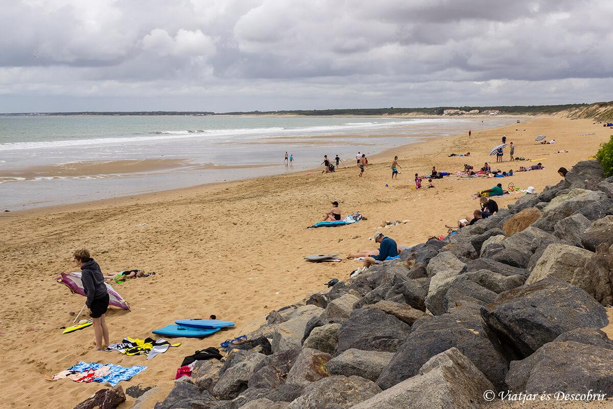 descubriendo las playas de la costa atlantica en bicicleta