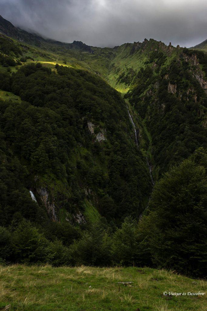 trekking pirineus en el alt pirineu