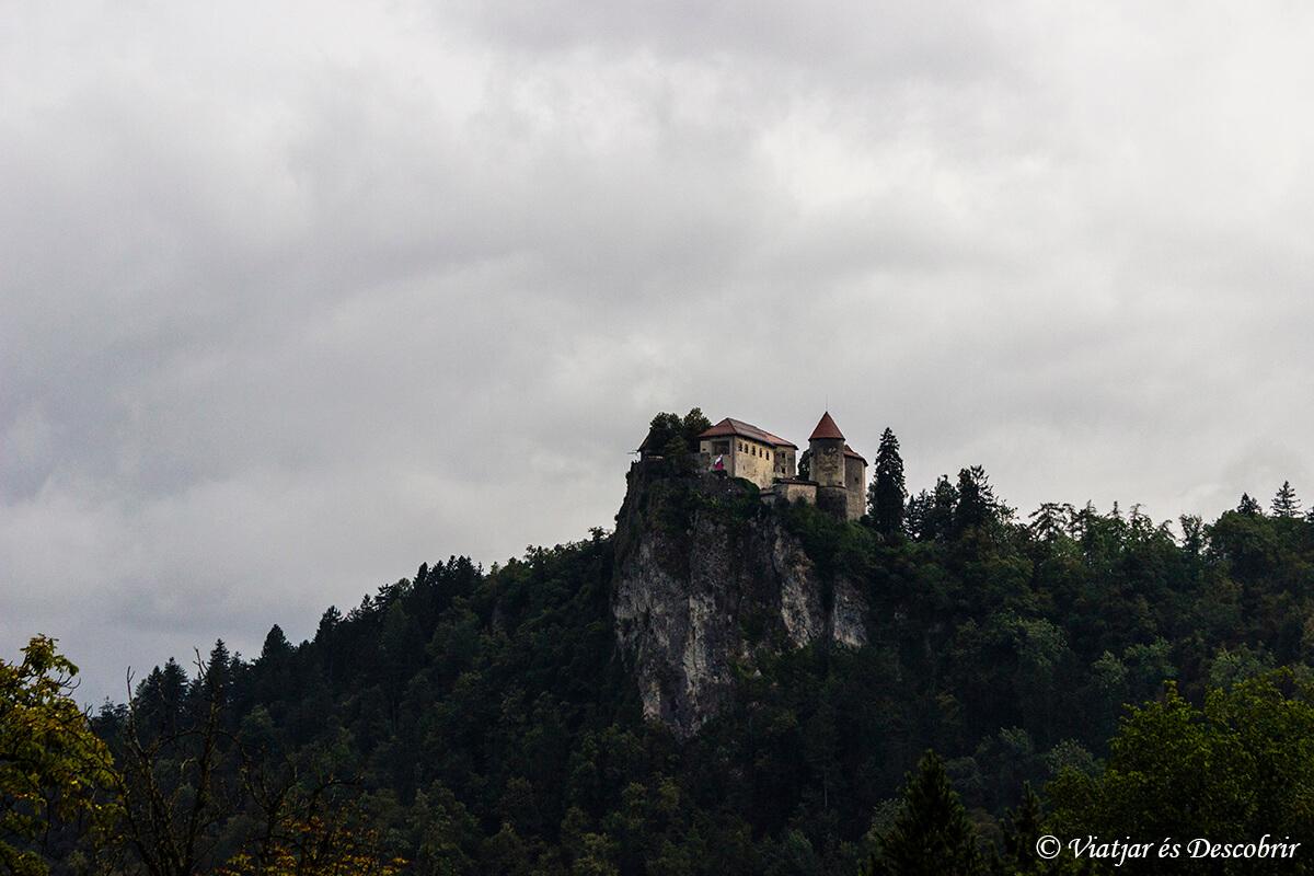 castillo lago bled