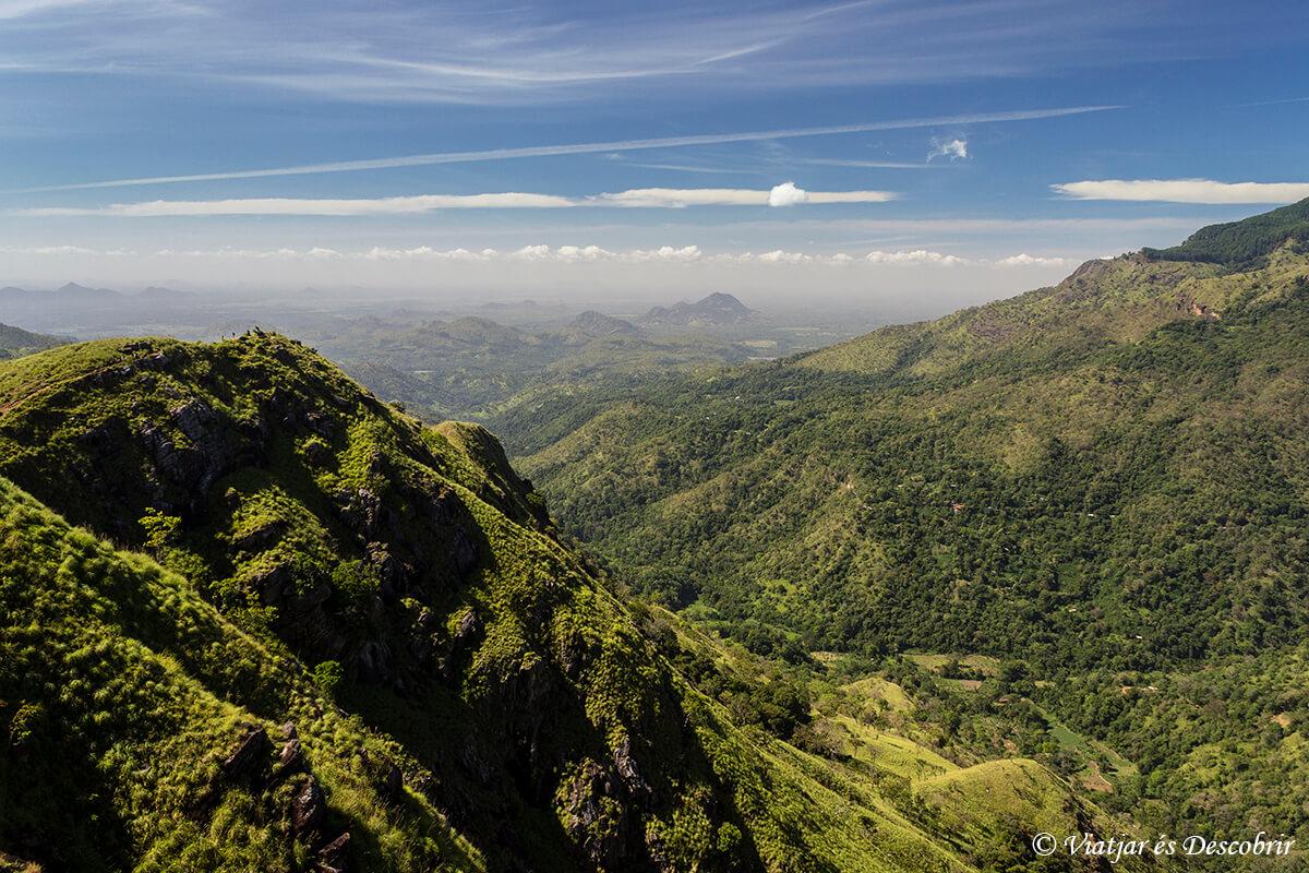 vistas del Little Adam's Peak