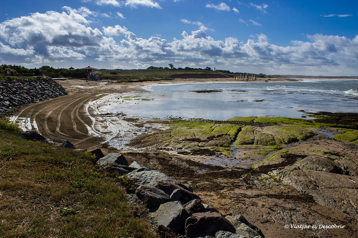 paisajes impresionantes de la costa francesa en bicicleta