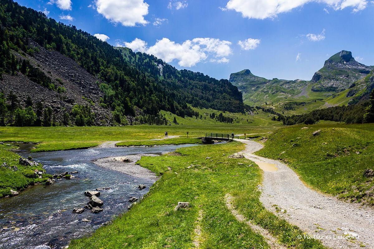 excursion hasta el lago gentau en francia