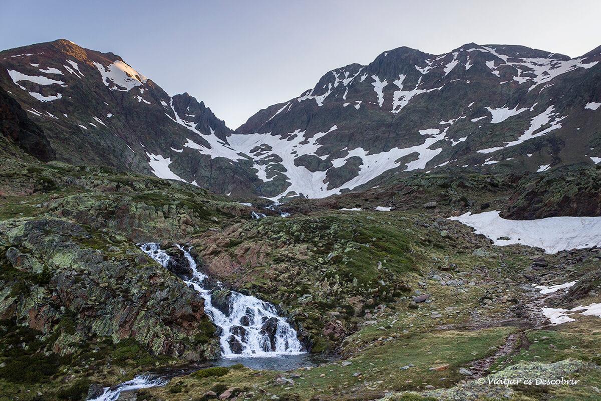 amanecer en el alt pirineu