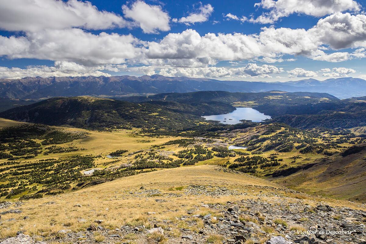 vista panoramica de los lagos mas famosos de la cerdanya francesa