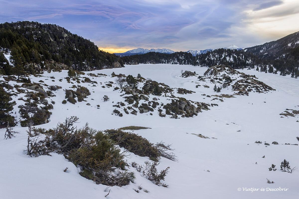 ascension hasta el lago de las bulloses por los lagos esquits en la cerdanya francesa