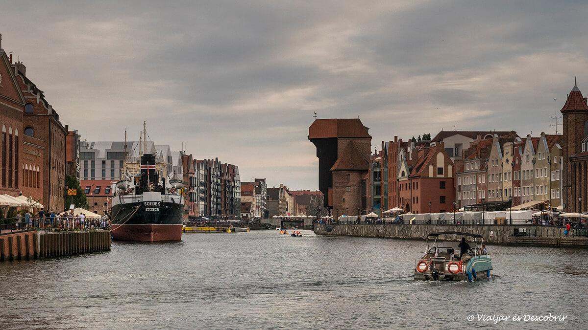 la zona del puerto marino de Gdansk al final del viaje a Polonia