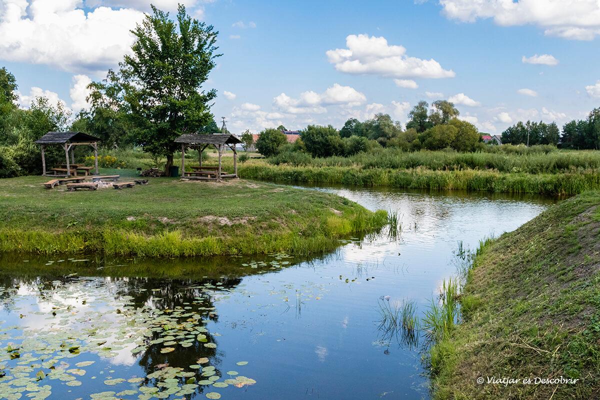 paisaje del río de Narew