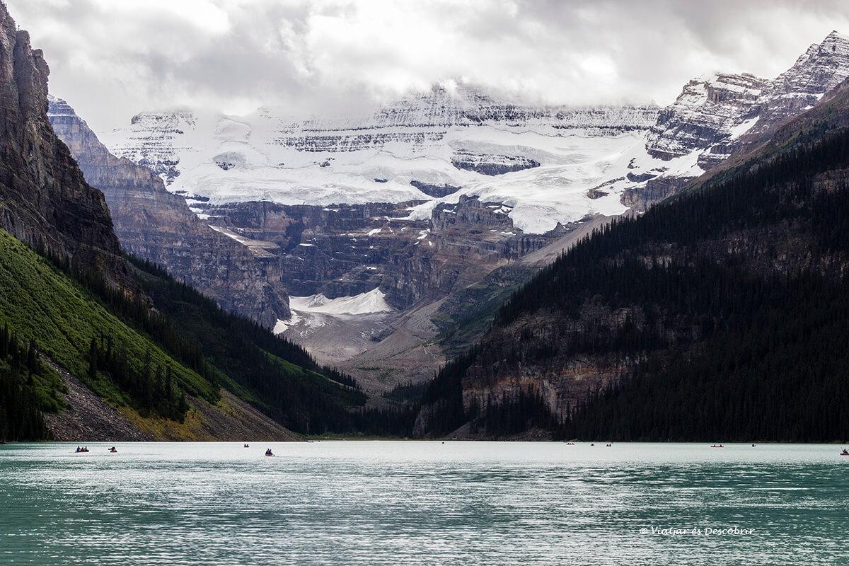 lago louise en el inicio del parque nacional banff