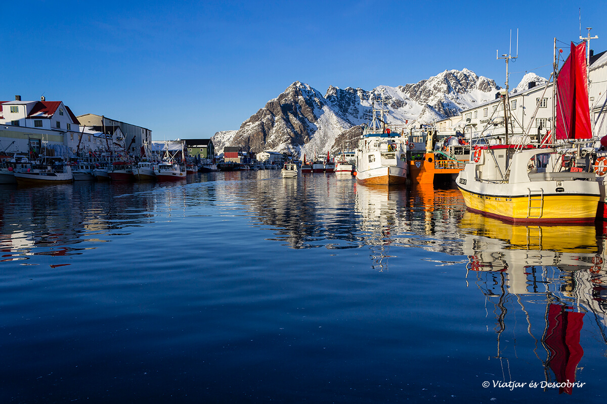 puerto pesquero en las islas lofoten