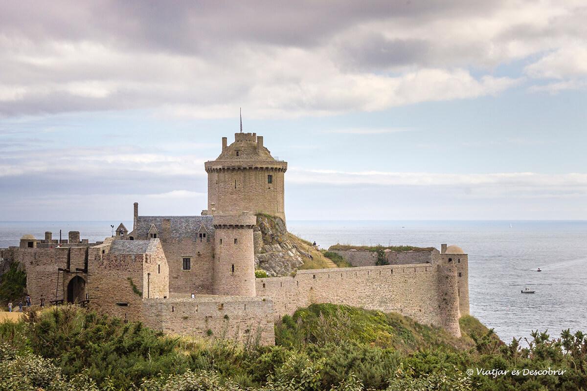 Fort-la-Latte litoral bretaña francesa