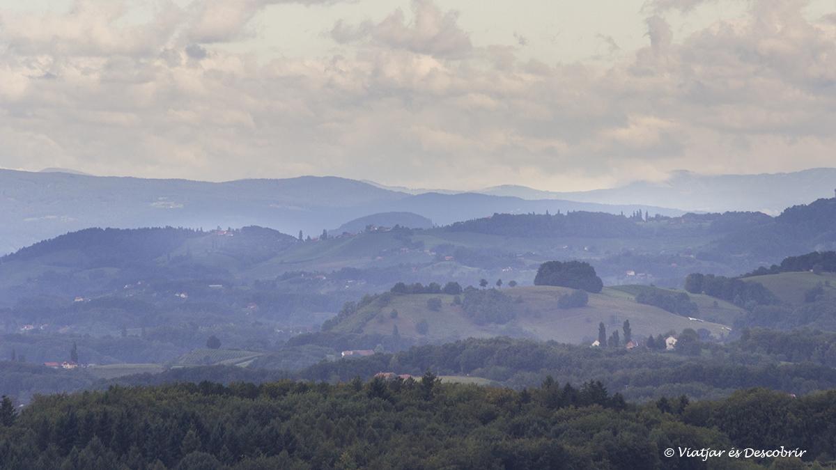 salida de sol en los slovenian hills