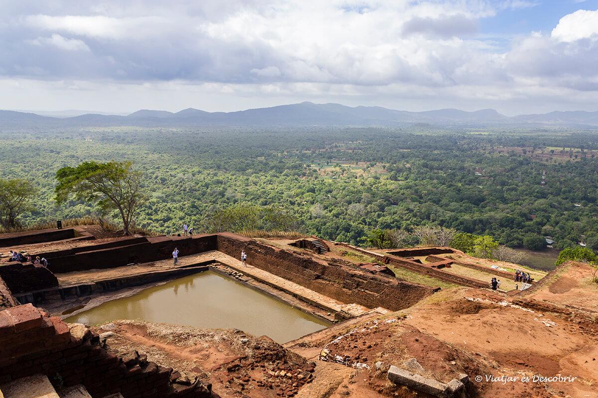 panorama desde el palacio real de la roca de Sigiriya