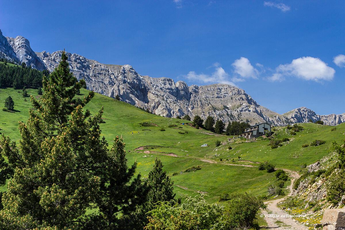 Refugio Prat d'Aguiló en los pirineos de la cerdanya