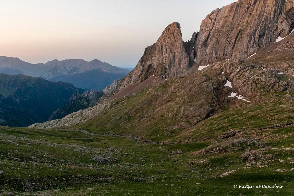 paisajes que se pueden ver a lo largo de la ascensión al posets desde Ángel Orús