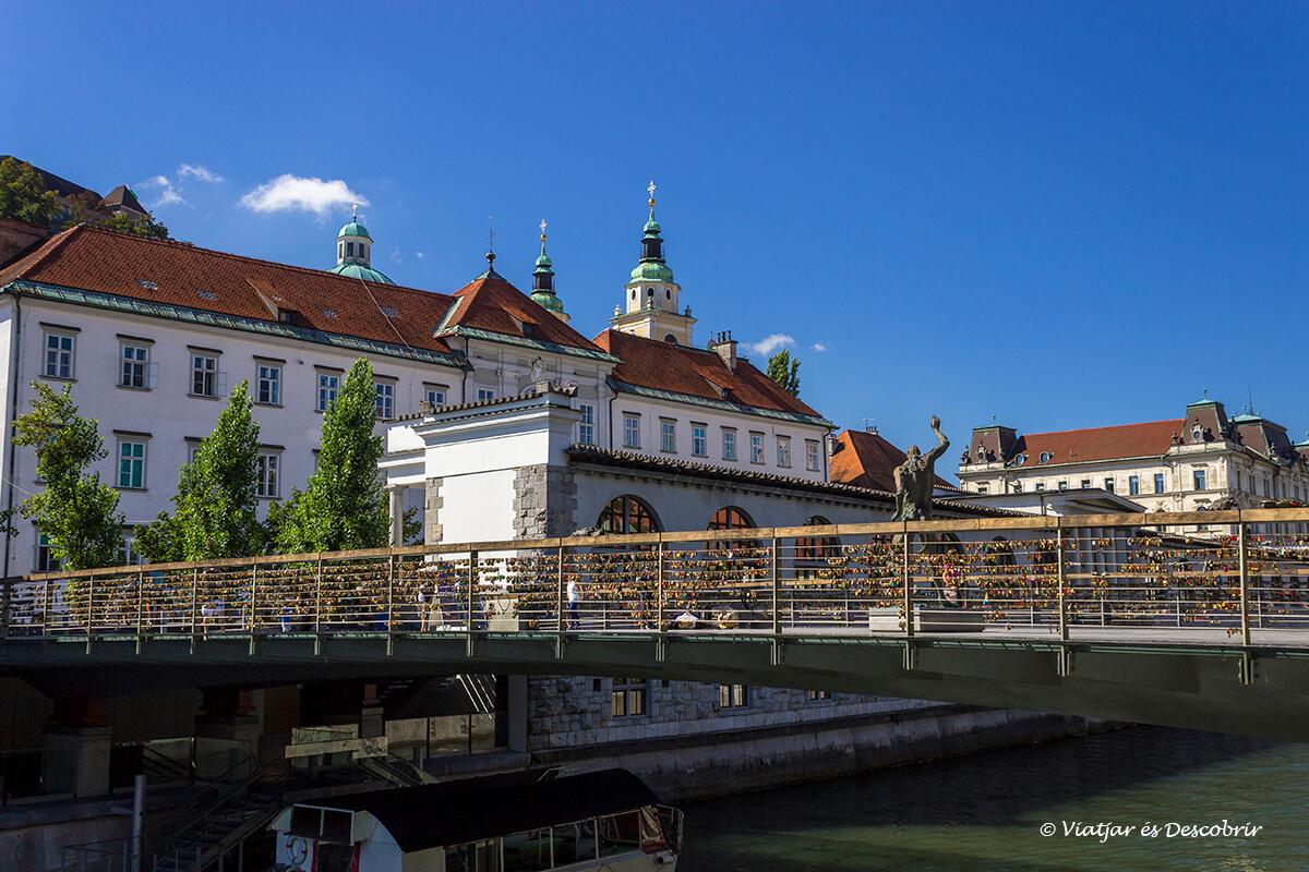 el puente de los zapateros es uno de los otros imprescindibles a visitar en la ciudad