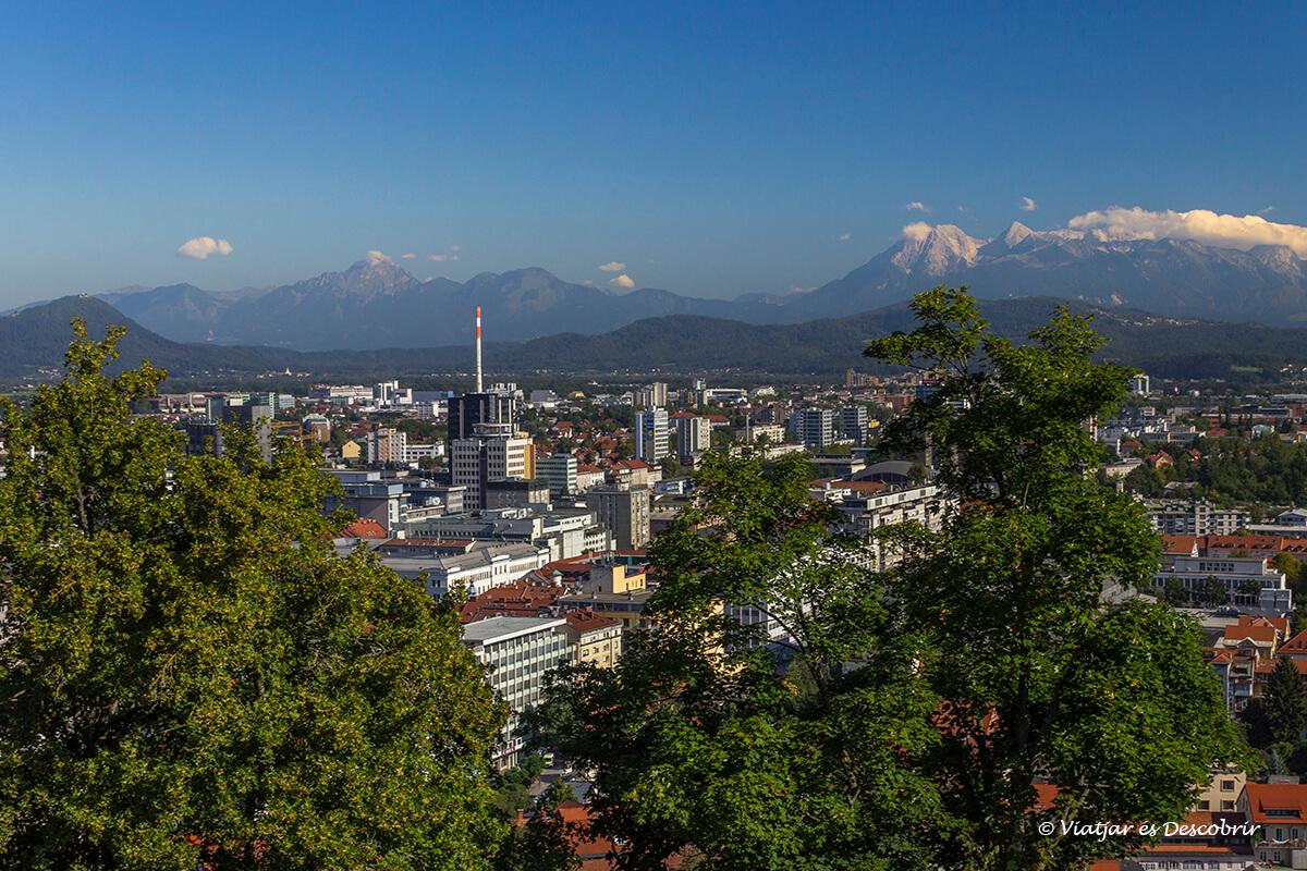 vista panoramica de ljubljana desde el castillo