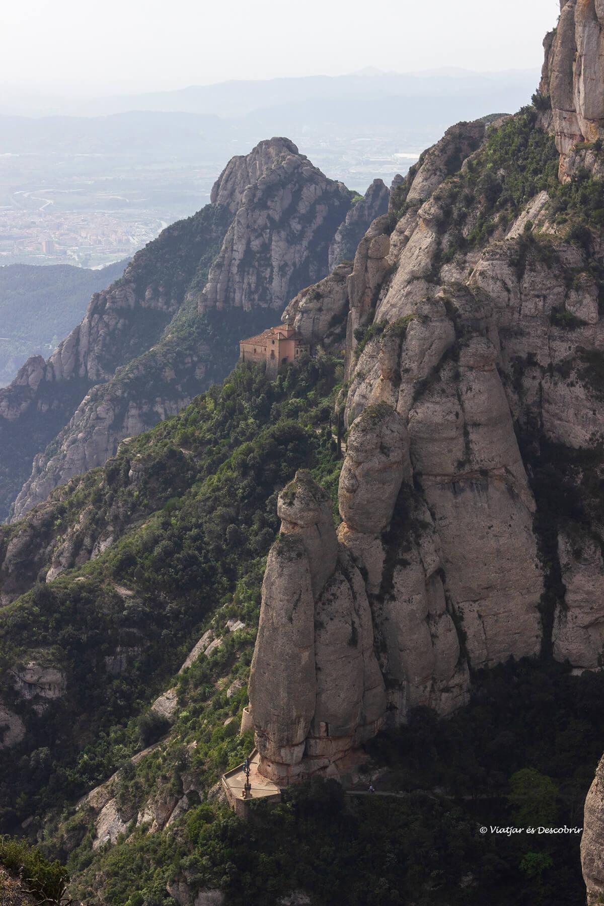 paisaje de las excursiones en montserrat