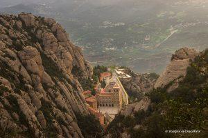 Montserrat: 8 excursiones por la montaña mágica